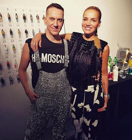 Setkání s kreativním ředitelem oblíbené módní značky Moschino, Jeremy Scottem, si zpěvačka užila.