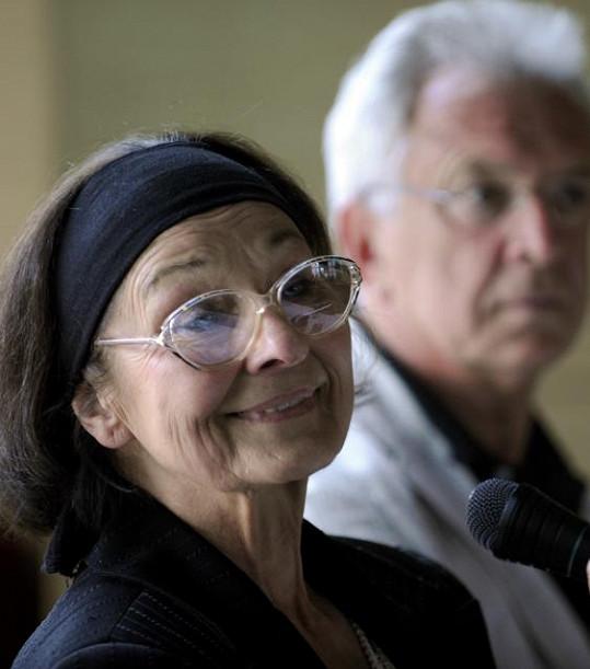 Kopeckého manželka Jana zemřela letos v červenci.