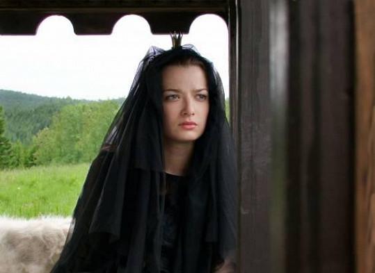 Marika Šoposká je známá zejména z pohádek. V pohádce Micimutr si zahrála princeznu Karolínu.