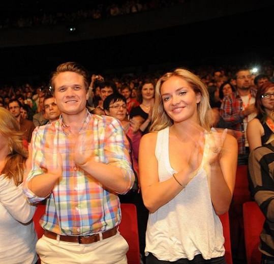 Táňa s Ondřejem v kině.