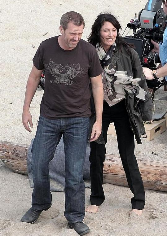 Lisa Edelstein a Hugh Laurie natáčejí Doktora House.