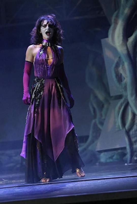 V roli čarodějky Ifine se budou alternovat pouze Markéta Procházková s Vandou Konečnou.