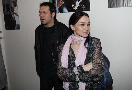 Viktor s Martinou v zákulisí show Sexy liga.