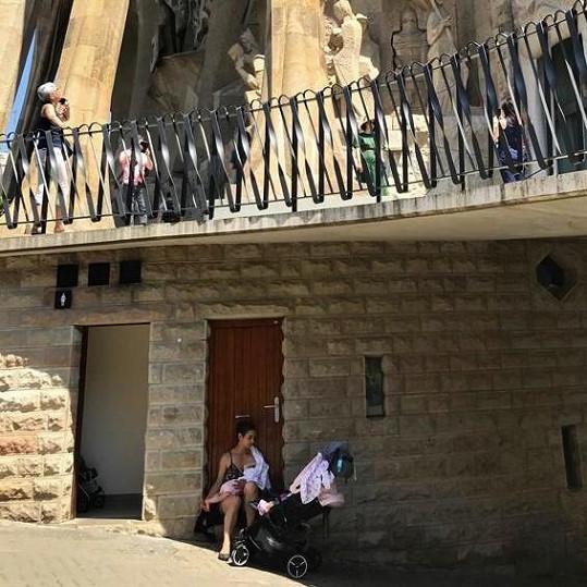 Marta s rodinou vyrazila do Barcelony...