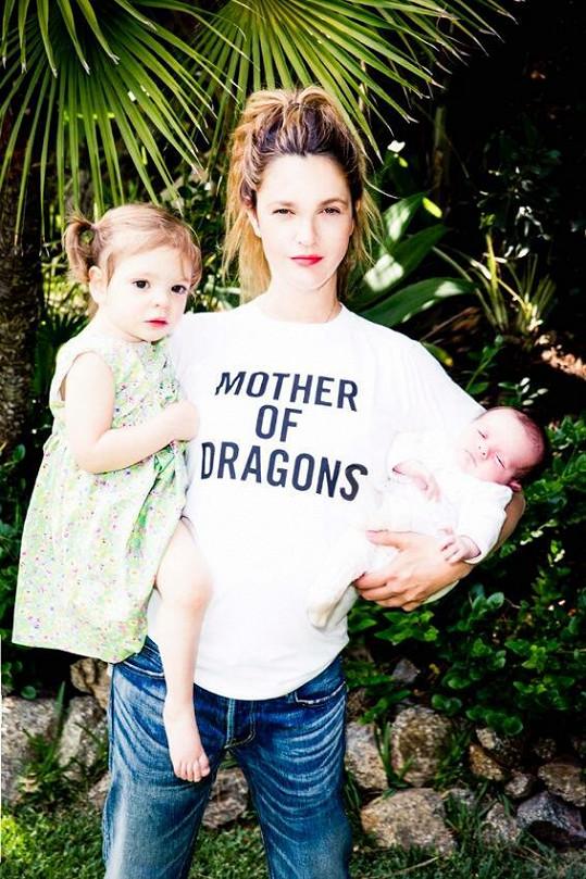 S dcerami na archivním snímku z roku 2014