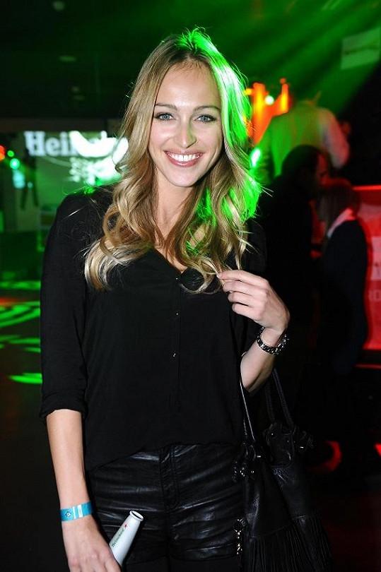 Renata Langmannová na Bond párty.