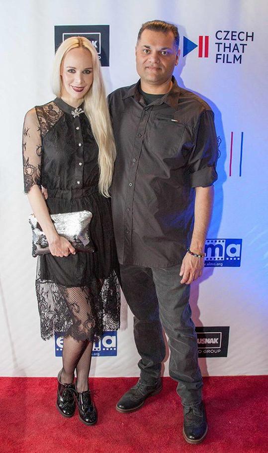 Letos na jaře Jana oznámila zásnuby s partnerem Dinem Bosem.