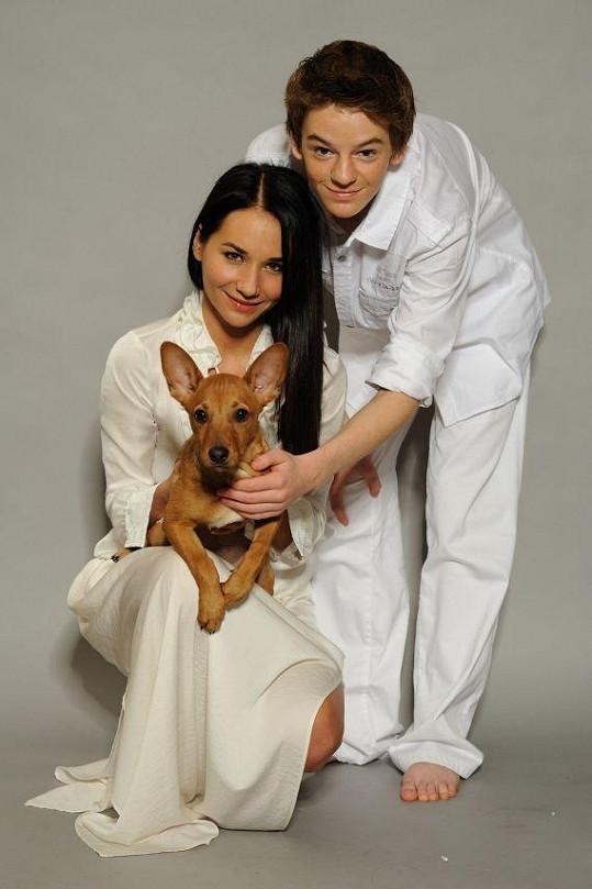 Sandra Nováková si tohoto psíka opravdu z útulku odnesla domů.