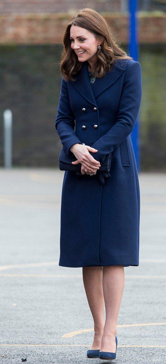 Vévodkyně z Cambridge během návštěvy školy letos v lednu