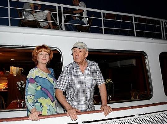 Petr Kostka s manželkou Carmen Mayerovou.