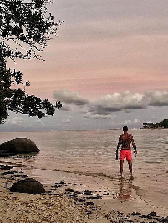 Moderátor si užíval na dovolené v Indickém oceánu.