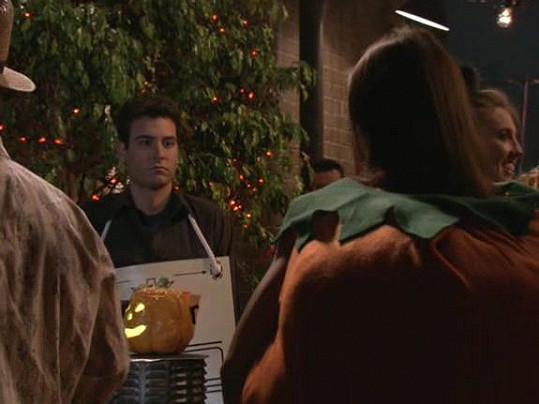 Snímek z šestého dílu první řady seriálu s názvem Slutty Pumpkin.