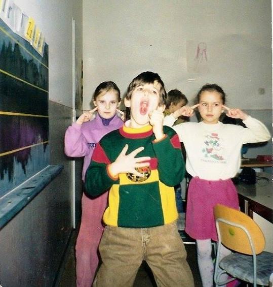 Filip Jankovič coby sedmiletý s kamarády