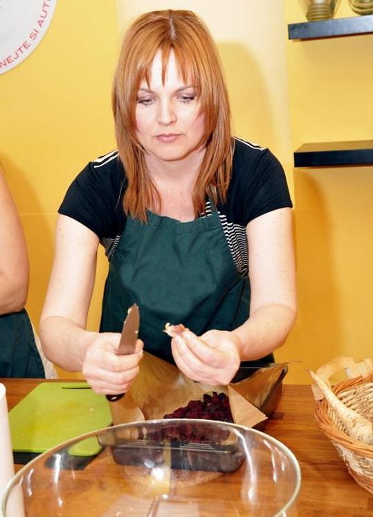 Špráchalová na kurzu vaření.