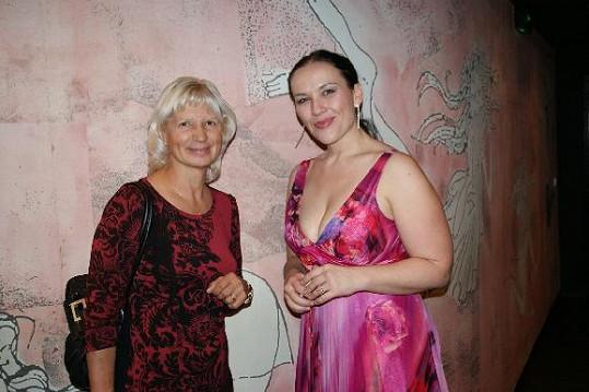 Mezi přáteli, kteří přišli do světa vyprovodit nový klip Two Voices, byla i MUDr. Ivana Němečková.