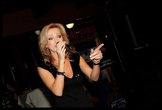 Kateřina Brožová zpívala.