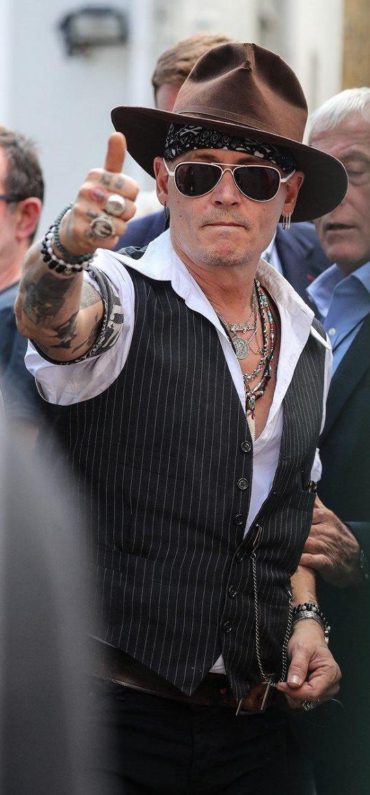 Pozvání dostal Johnny Depp...