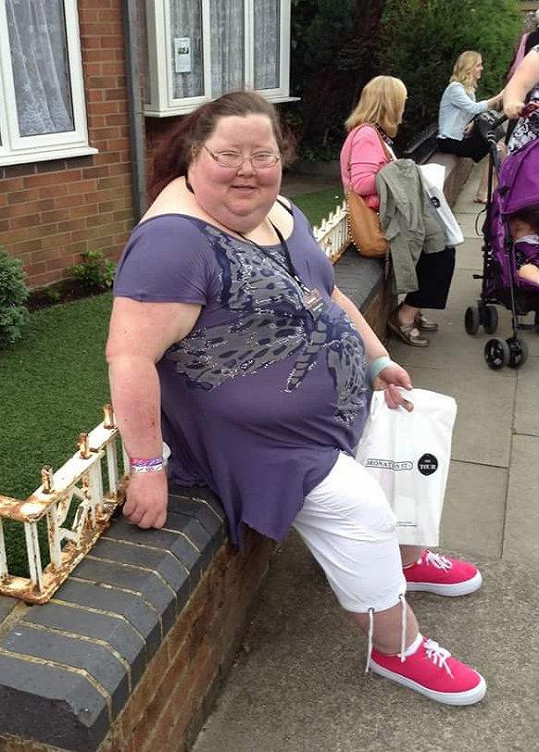 Tehdy vážila 166 kilogramů.