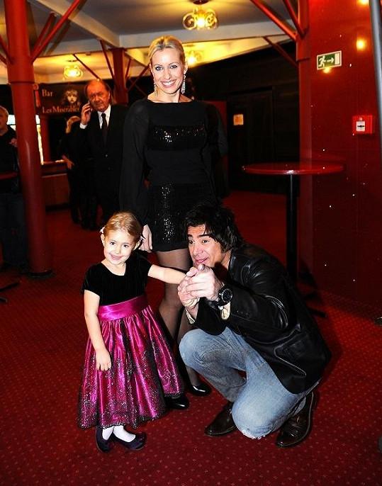 S malou Emily, kterou vzala maminka Tereza Mátlová na druhou premiéru, si rozumněl Sagvan Tofi.