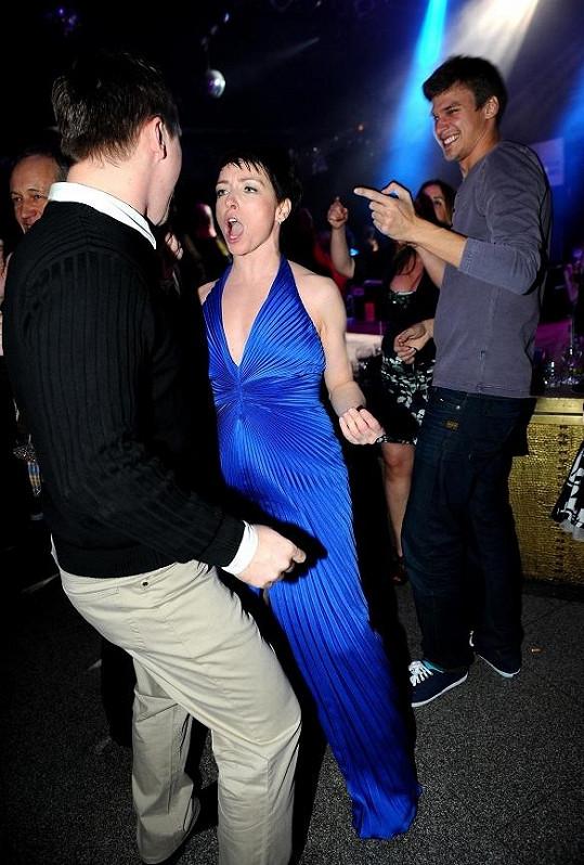 Vojta fandil Táně, když se pustila do tance.