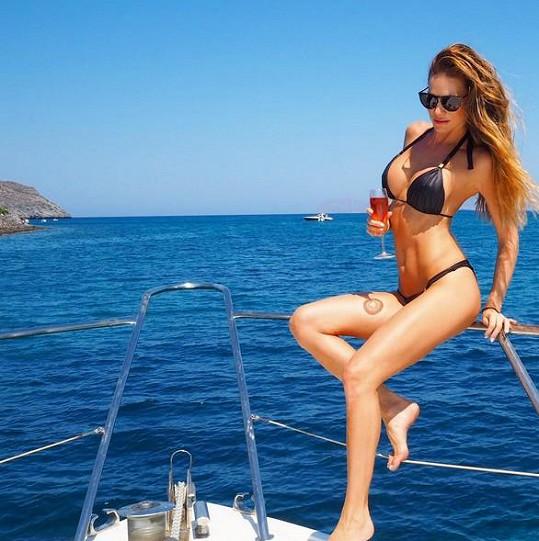 Verešová relaxuje v Řecku.