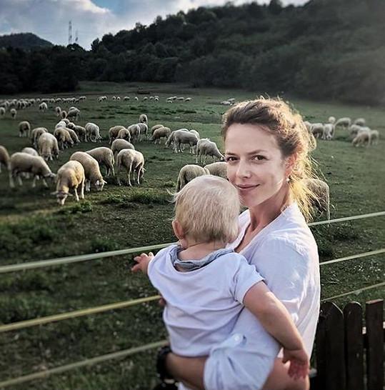 Andrea jako šťastná maminka