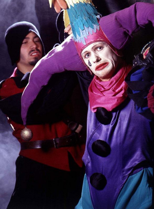 Jiří Korn v prvním uvedení Svobodova muzikálu Dracula jako šašek