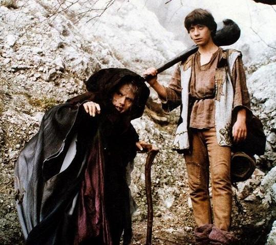 Martina Bezoušková coby princezna zakletá do babizny a Pavel Kříž jako kovář Mikeš si společně zahráli v pohádce O statečném kováři.
