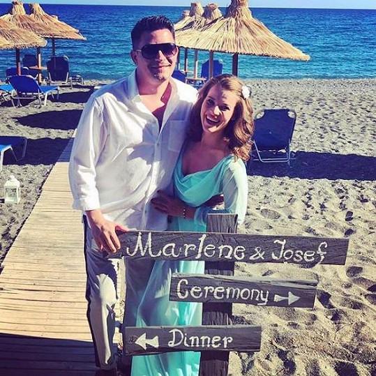 Svatby se zúčastnila i Michaela Gemrotová s přítelem Sašou.