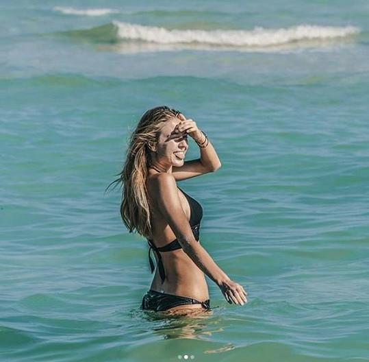 Natálie Kotková v plavkách