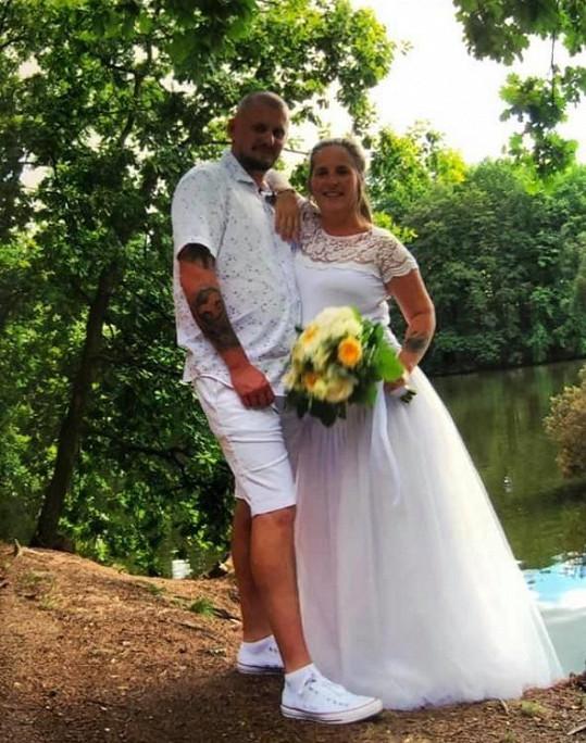Honza provdal dceru Lucii a do rodiny přivítal nového člena.