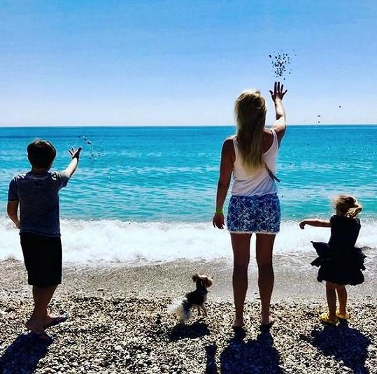Lucie Borhyová a její rodinné štěstí