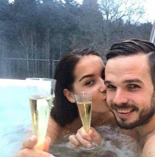 Loni trávili s přítelem zimní dovolenou ve wellness resortu v Česku.
