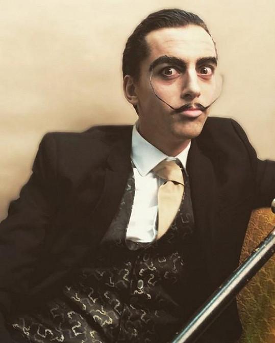 Jan jako španělský malíř Salvador Dalí.