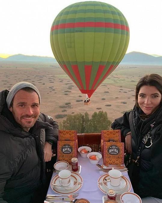 S manželkou Monikou následně odletěli do Maroka.