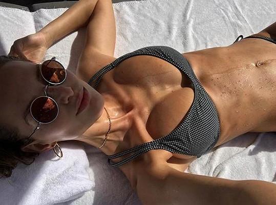 Michaela Kociánová relaxuje v Miami.