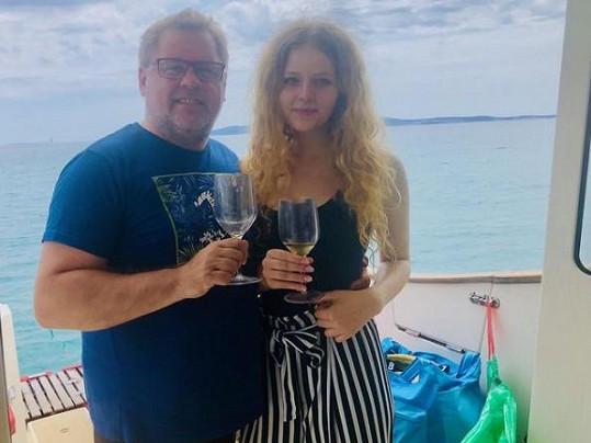 Na dovolené nechybí ani dcera Jana.