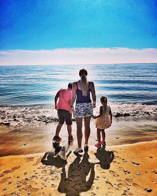 S dětmi vyrazila na prázdniny.