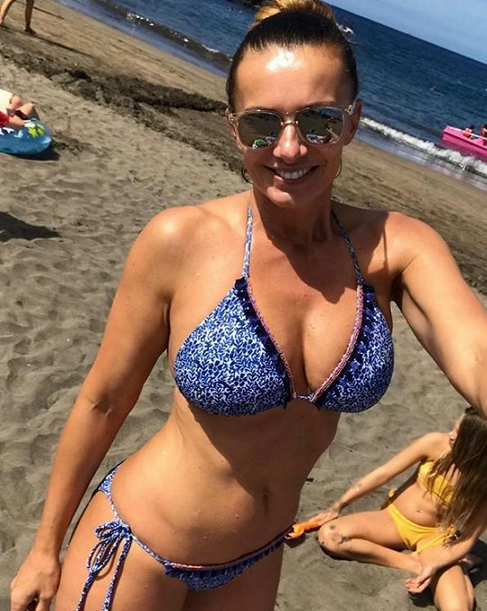 Bendová vyrazila za sluníčkem na Kanárské ostrovy.