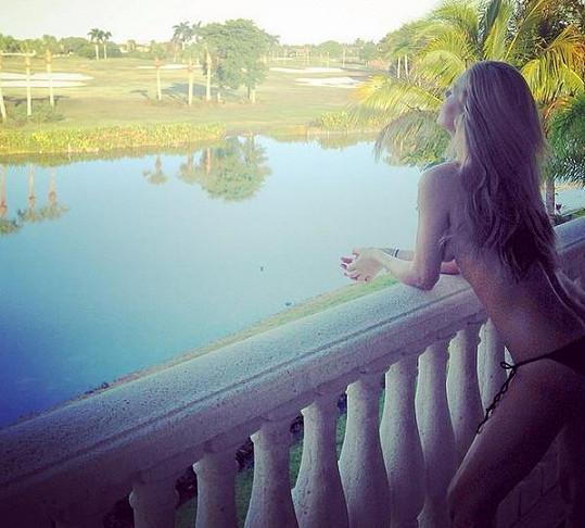 Simona Krainová dovolenkuje na Floridě.