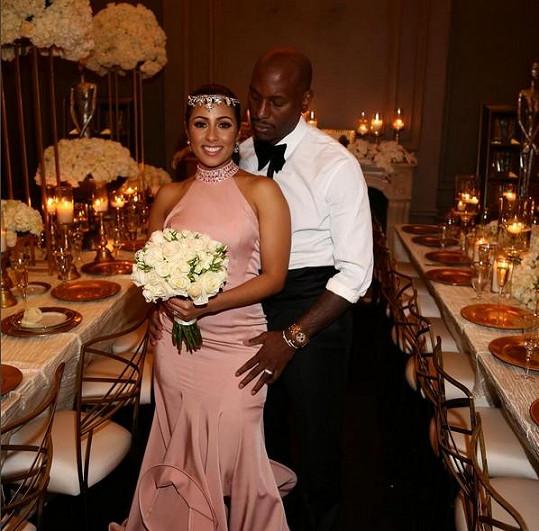 Tyrese Gibson se Samanthou v den jejich sňatku