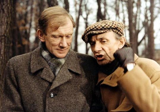 František Husák a Josef Kemr si spolu zahráli v komedii Všichni musí být v pyžamu.