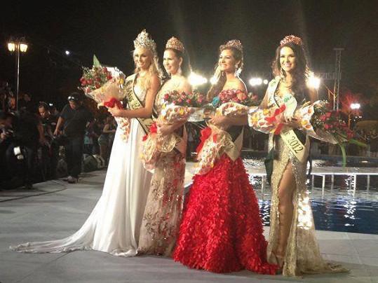 Tereza Fajksová zvítězila v mezinárodní soutěži krásy Miss Earth.