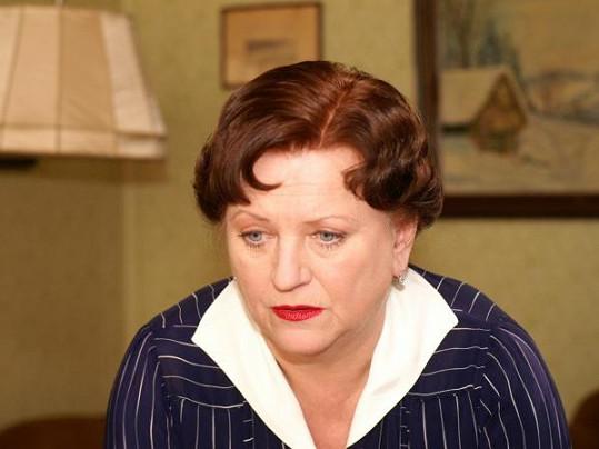 V Četnických humoreskách hrála paní Šiktancovou.