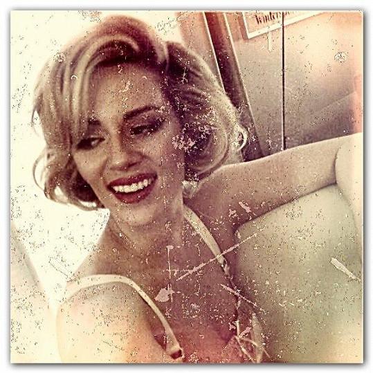 Nikol Moravcová jako božská Marilyn.