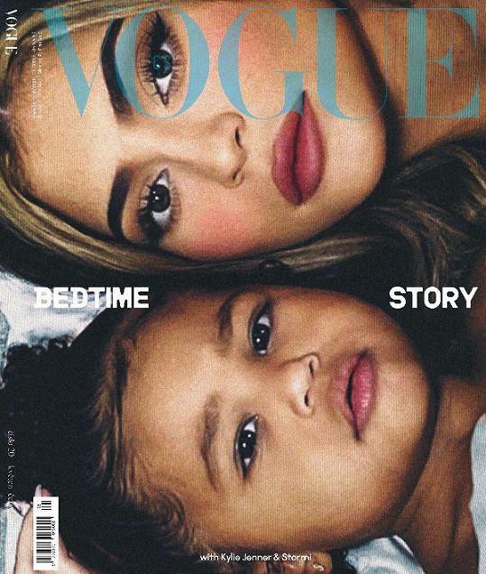 Kylie a Stormi na obálce československé mutace Vogue.