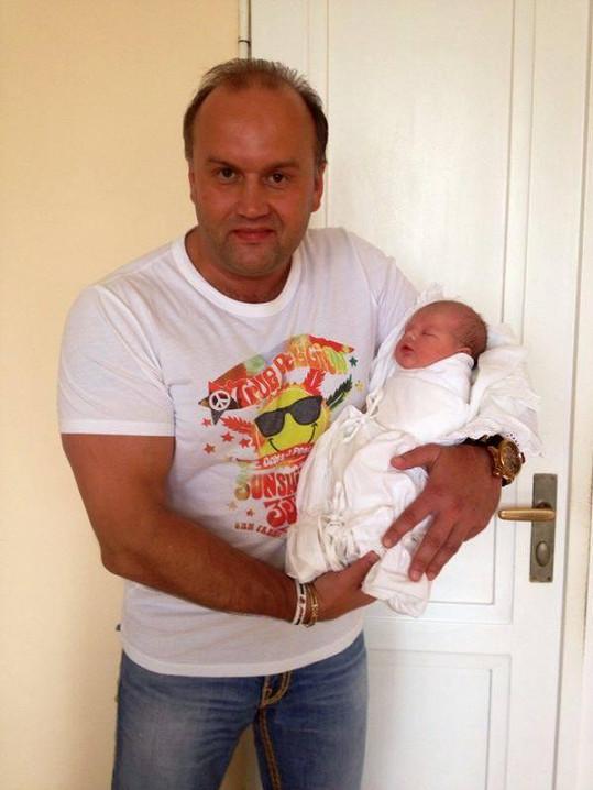 Marek Vít se dnes brzy ráno stal otcem dcery.