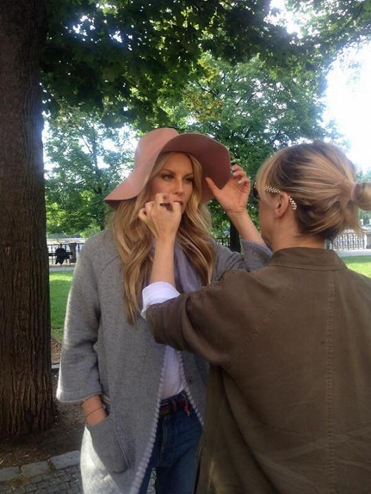 Make-up měla pod palcem Hristina Georgievska.