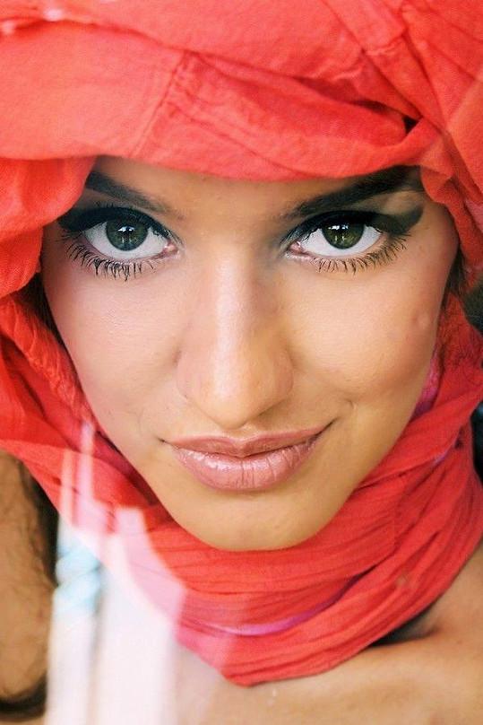 Barbora Hamplová má neskutečně krásné oči.