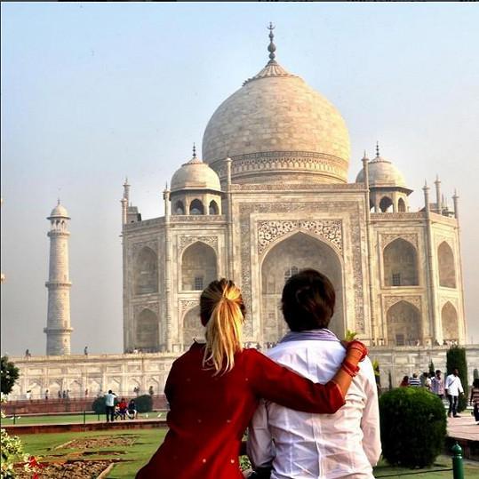 Během cesty po mystické zemi nemohli vynechat Tádž Mahal.